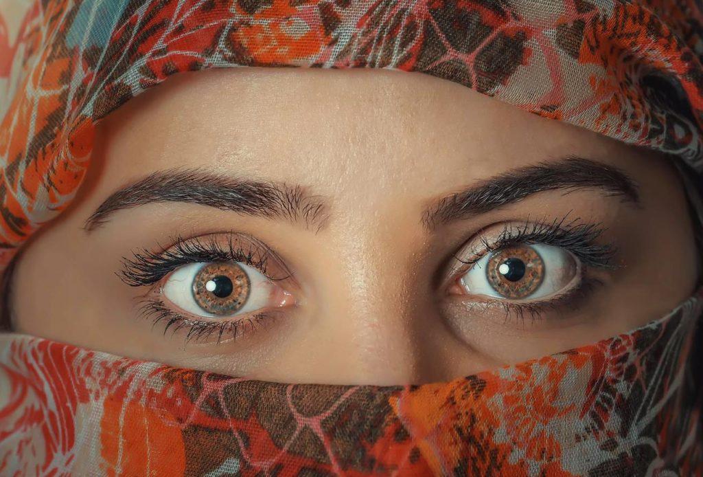 「眉毛が強い」系の女性が好きのアイキャッチ